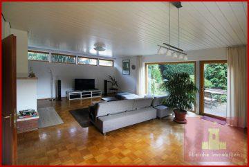 Zweifamilienhaus (Haupthaus und Einliegerwohnung) mit Garage und Garten in Kerpen-Neu Bottenbroich, 50169 Kerpen / Neu-Bottenbroich, Zweifamilienhaus