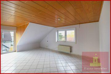 Gut geschnittene 3 Zimmer-Wohnung mit Stellplatz in zentraler Lage in Kerpen-Sindorf, 50170 Kerpen, Dachgeschosswohnung